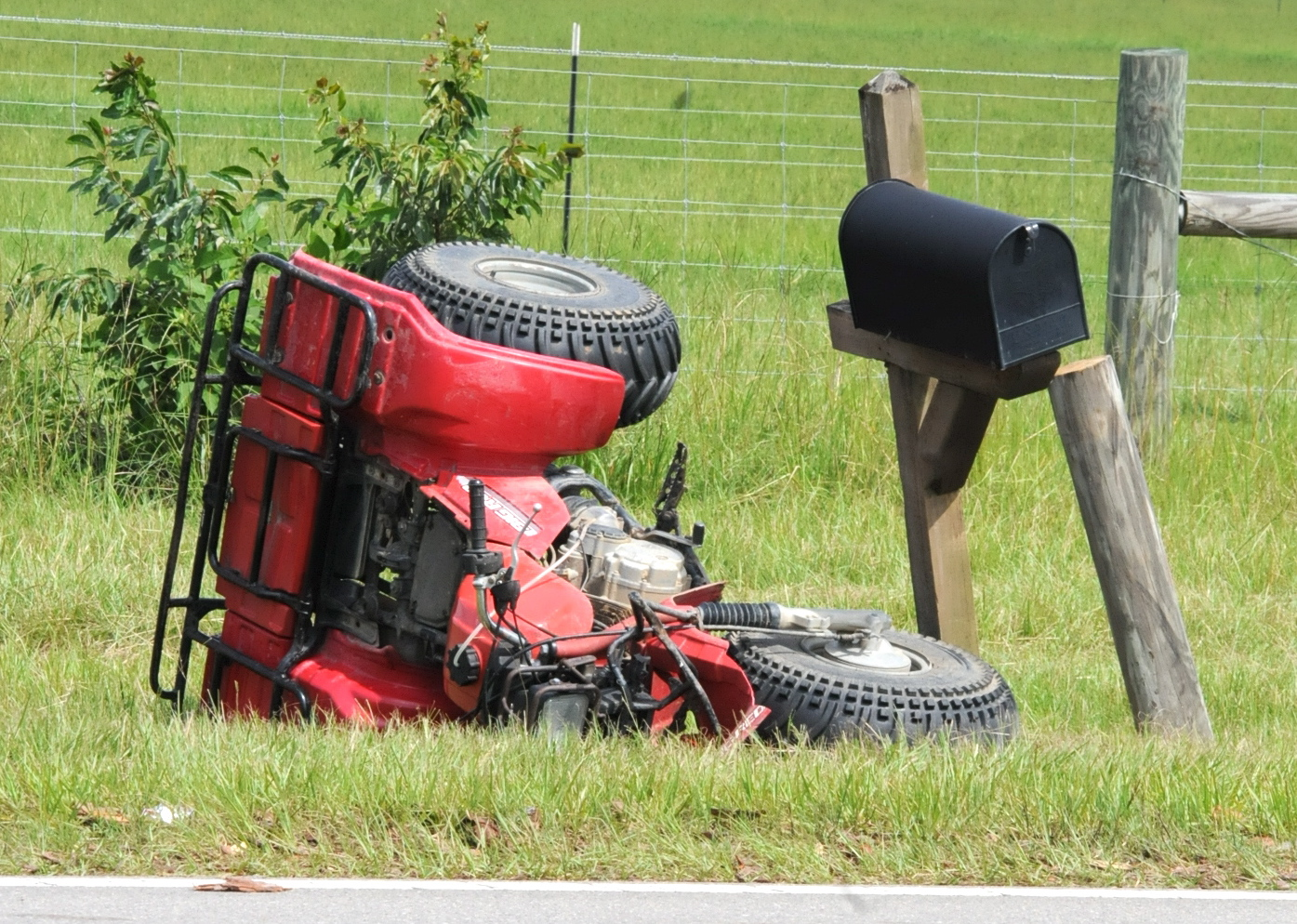 Cljnews rider thrown when atv hits mailbox and post an afternoon ride on a three wheeler sciox Image collections