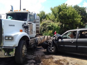 Teen critical after SR 71 wreck